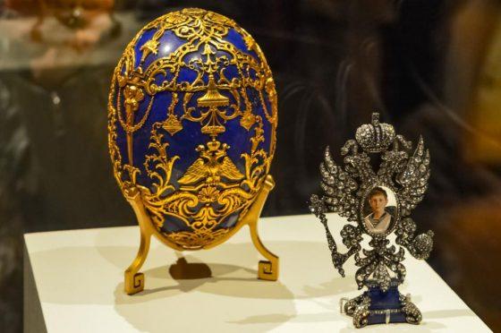 Un uovo di Fabergè in mostra a S.Pietroburgo