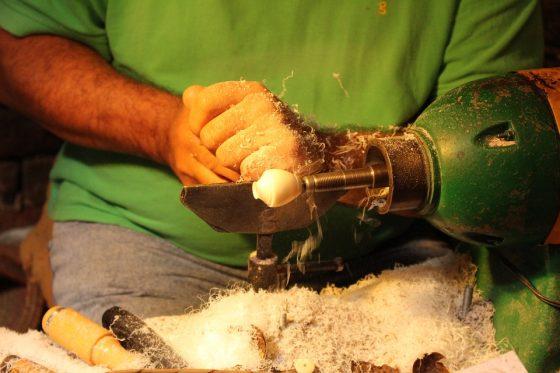Lavorazione del seme di Tagua