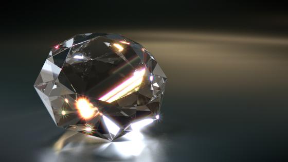 diamante tagliato superbamente