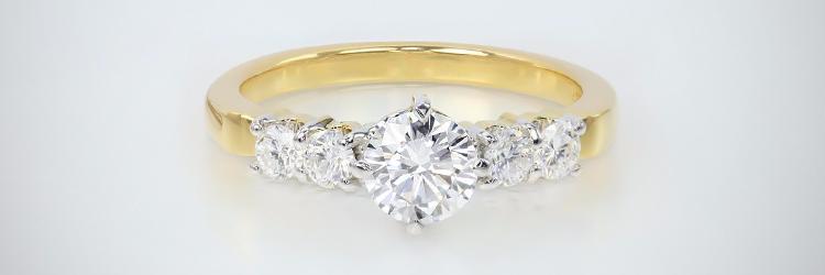 Gioielli di design: Anello in Oro con Diamante SI Juwelo