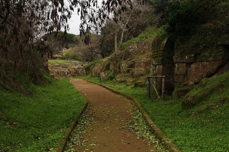 Popolo di orafi - rovine etrusche